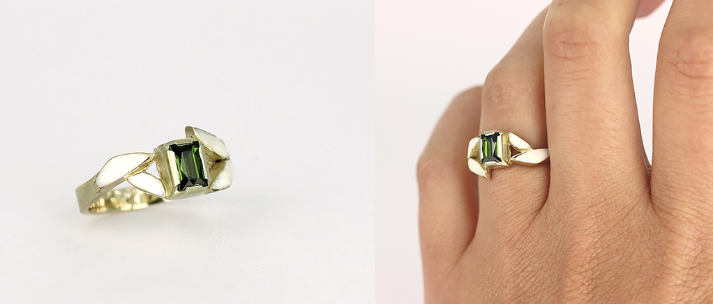 Engagement ring in green gold 14K, thurmaline, bone